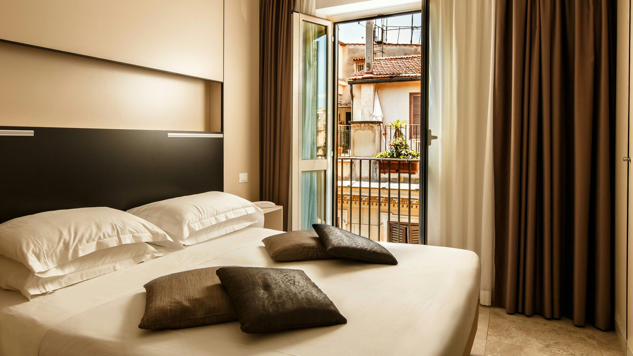 hotel-smeraldo-rome-slide3